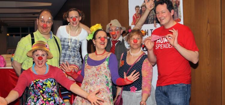Dr. Eckart von Hirschhausen in Würzburg – die Lachtränen als Nasenverkäufer dabei