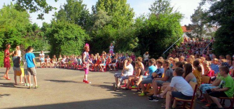Spendenübergabe Grundschule Mainbernheim