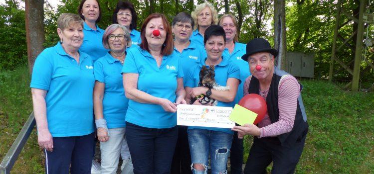 Eisinger Hexen spenden an Würzburger KlinikClowns