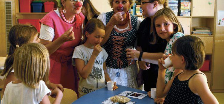 Kräuter Mix & Klinikclowns Würzburg sorgen für Teezauber in der Missio-Kinderklinik