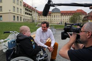 Dr. v. Hirschhausen will alles ueber Krankenhausaufenthalte wissen....wie das so ist...