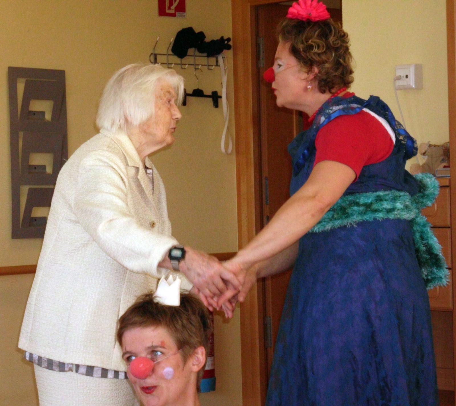 klinikclowns-seniorenheim-august-2011-08