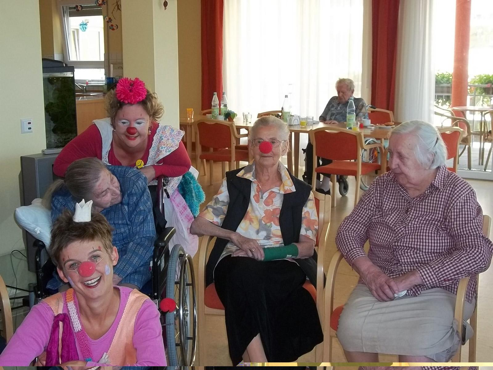klinikclowns-seniorenheim-mai-2011-21