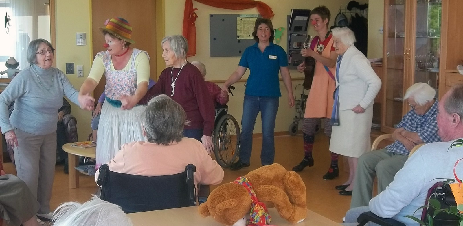 klinikclowns-seniorenheim-mai-2011-24