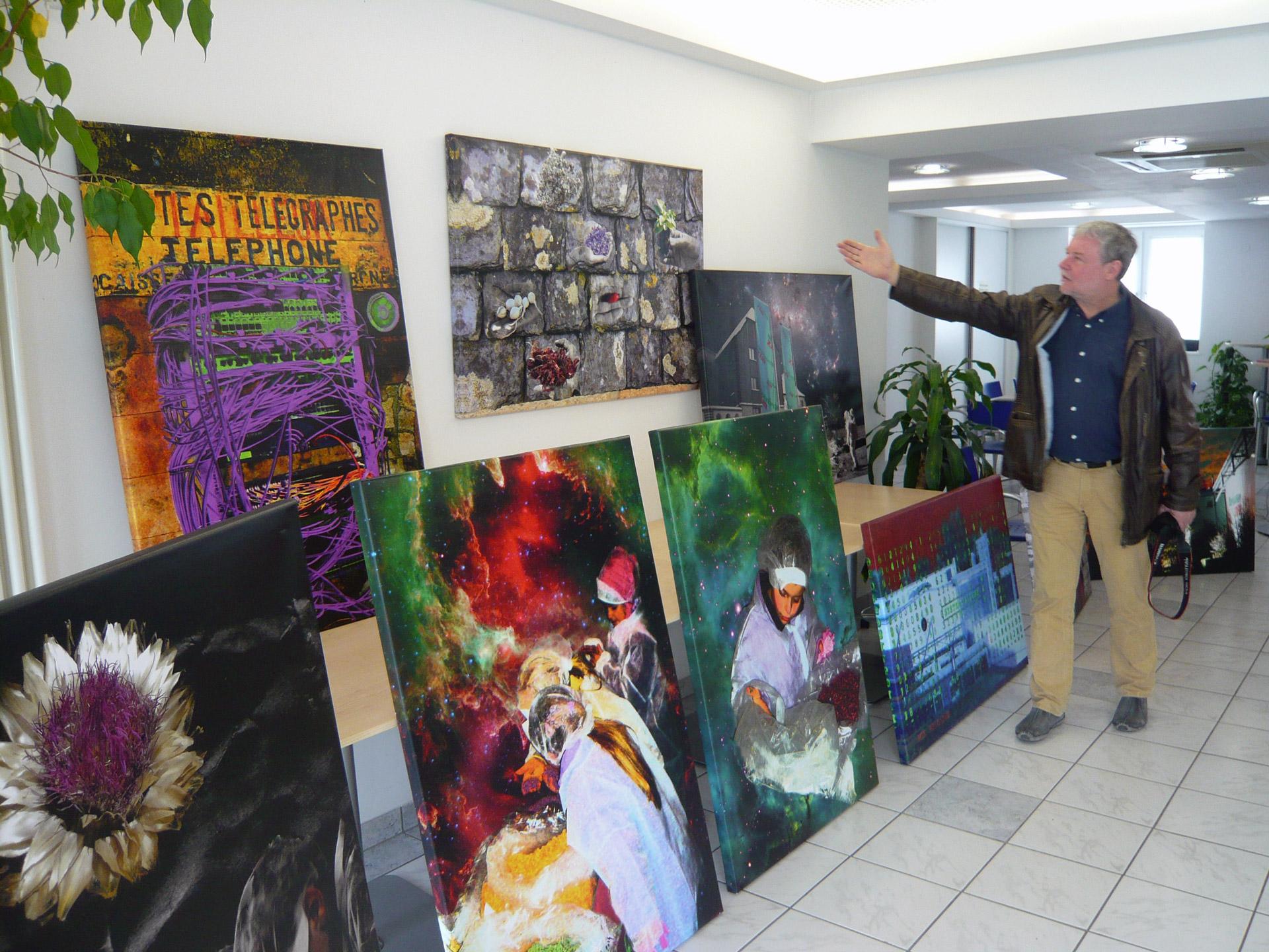 Herr Arndt erklärt Zusammenhang Clowns und Phantastische Welten